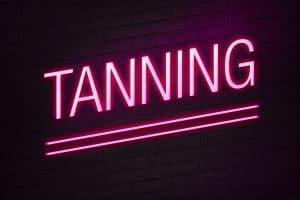 spray tanning close to me