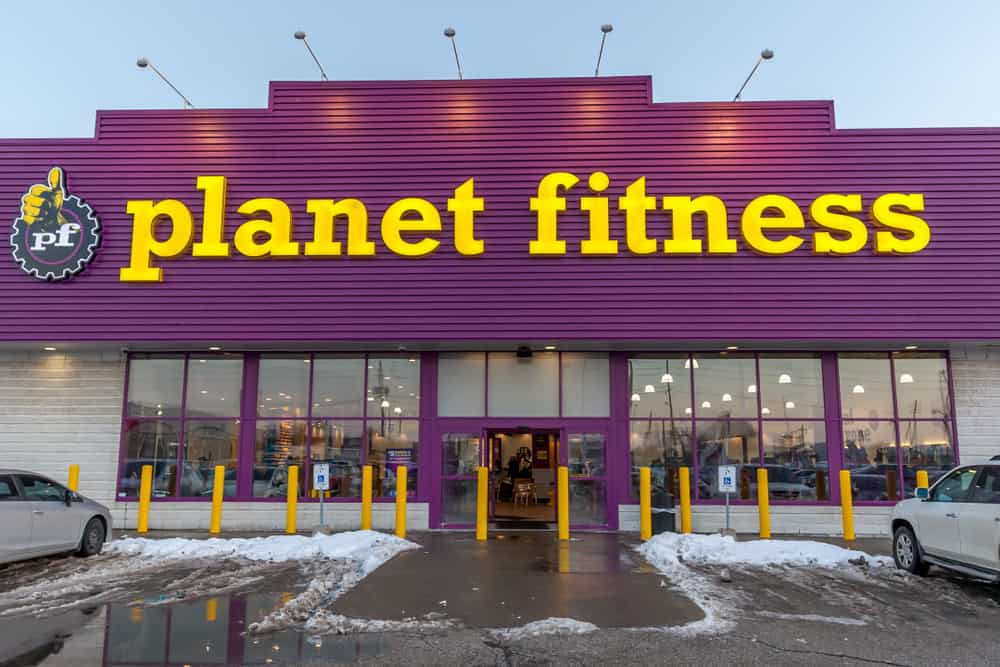 Planet Fitness front view